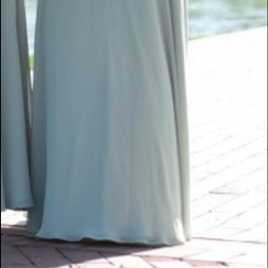 Bridesmaid Dress/Formal Gown